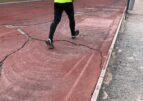 La pista de atletismo de la Vall está destrozada